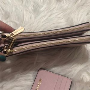 Michael Kors Bags - Michael kors Wristlet and card holder